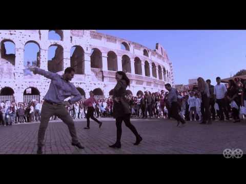 FLASH MOB DE MARINERA EN ROMA 2014 - VIDEO OFICIAL