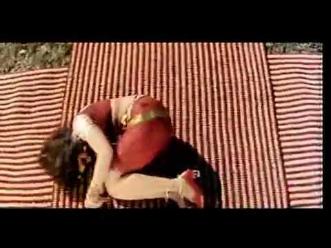 Hawaliya  Rambha Hot Navel Masala Rain Wet Saree Song video
