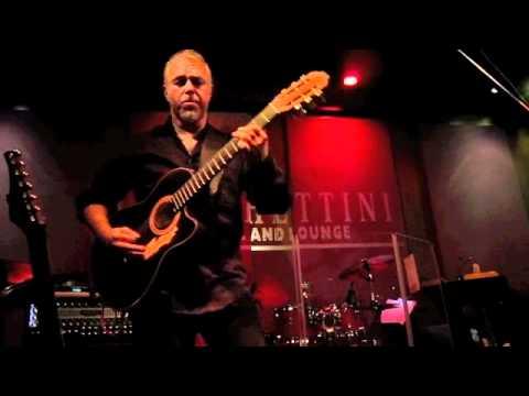 Chieli Minucci an acoustic finale!