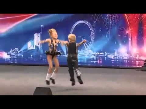 Cheeky Monkeys - Dancing Kids - Britain