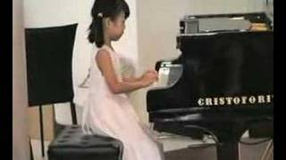 Ethel Poh (5-year-old) - Performing at the Esplanade Library