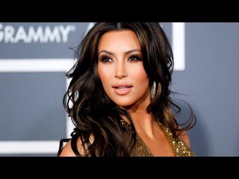 Kim Kardashian marks Armenian Genocide anniversary with an EMOTIONAL Tribute | Hollywood High