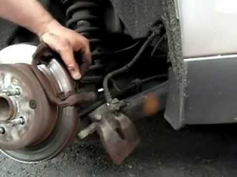how to change the rear brake pads on a 2007 avensis
