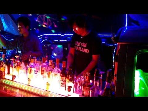 Bangkok Mobile Drinks Vans and Street Bars