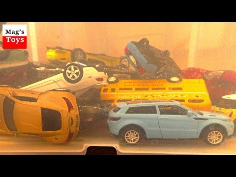 A lot of Toy Cars jump into the water | Video for kids