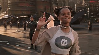 Shuri Showing Middle Finger To Black Panther (T'challa) - HD Clip