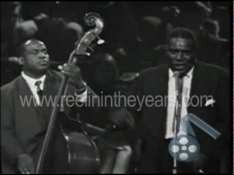 Howlin' Wolf smokestack Lightning Live 1964 (reelin' In The Years Archives) video