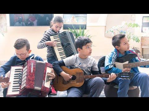 Viva, viva la musica - A zene világnapján a Véméndi Általános Iskolában 2018.