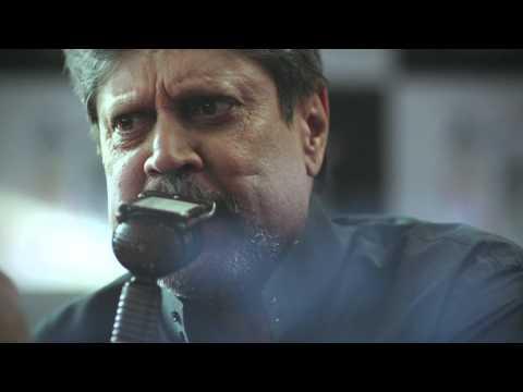 Kapil Dev and Amitabh Bachchan - #WontGiveItBack
