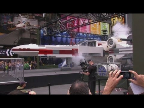 World's largest lego model: Life-sized Star Wars X-wing Starfighter made from 5.3 million bricks