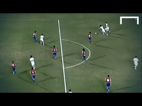 Incredible goal from Edu Vargas - Paraguay vs Chile