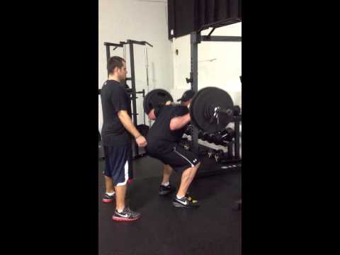 Steven Holcomb squats 3 reps of 450lbs at Get Your Fast