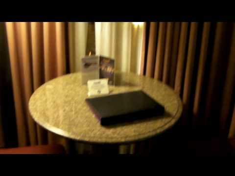 Harrah's Las Vegas Room Review
