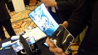 Samsung Flexible OLED display Hands-on
