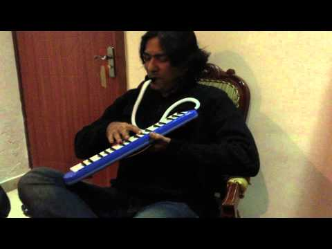 Mein Tere Sang Kese. Sajjad Ali Playing Melodica video