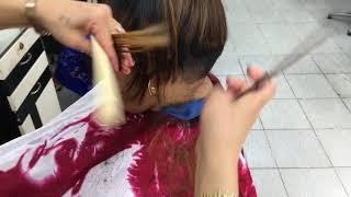Women short bob hair cut