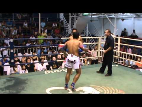 Oron Deachkalon Sumalee VS Tanasak, Bangla Boxing Stadium, 6th June.