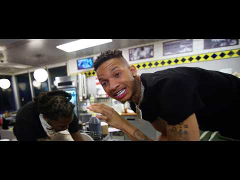 Stunna 4 Vegas - Up The Smoke feat Offset (Official Music Video)