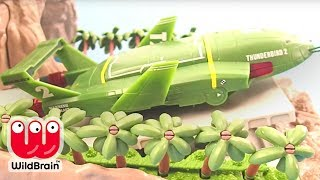 TOP 10 CHRISTMAS 2015 TOYS | Thunderbirds Tracey Island Playset Toy