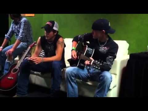 Dirt road anthem (cover by Jordan Rager and Travis Johnson)
