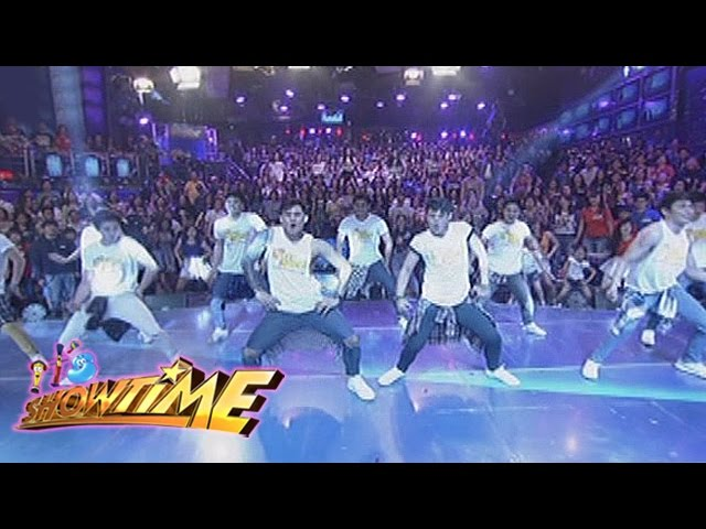 """It's Showtime: Girltrends and Hashtags dance """"Ang Kulit"""""""