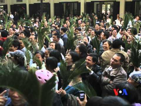 Bạo động ở Hà Tĩnh: Công an, cán bộ bị đánh trọng thương