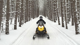 Snowmobiling Northern Michigan Trails - Snowmovlog