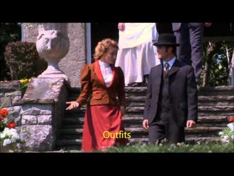 Murdoch Mysteries - Julia Ogden (Hélène Joy) Quick overview outfits