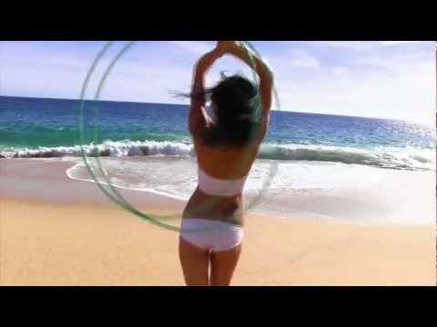 HoopCharmer – Another Day in Paradise