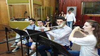 Katarina Bronja i  Omladinski narodni orkestar RTS - Vrcavo kolo