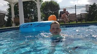 Some underwater flips at the neighborhood pool in fathers day 2019!