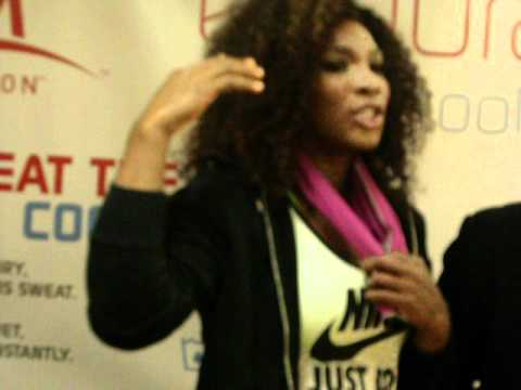Serena Williams Promoting EnduraCool towel by Mission Athlete Care - By Tennis Panorama News