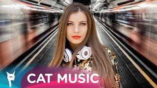 Ioana feat. Anastasia - Ca La Metrou