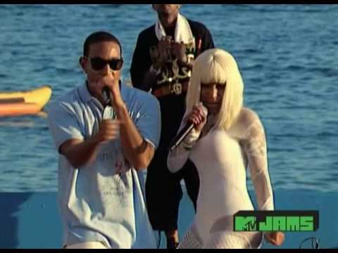 Ludacris featuring Nicki Minaj - My Chick Bad Live at Spring Break 2010