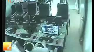 Game thủ đột tử ở quán Internet