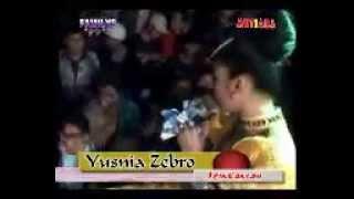 Yusnia Zebro - Izinkanlah