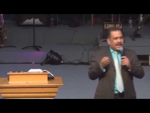 Pastor Luis Rivas Venciendo desanimo y depresion (Bilingual)08 17 2014