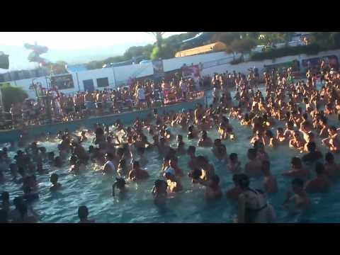 Innovation In The Sun - Pool Party (MACHETTE) Dj Hazard Smashing It, Best Rave Of My Life.