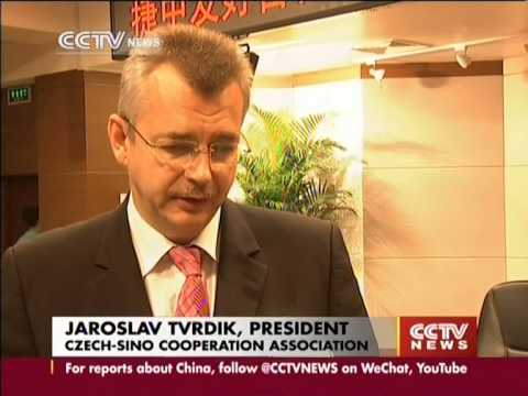 Czech Republic donates hospital beds, money to China