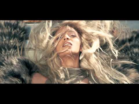Beyoncé: Sartorial Duty