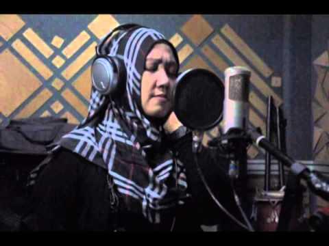 Mel Shandy Qiroah Di Lagu 'tak Ada Yang Tak Berakhir' (new Album 2015) video