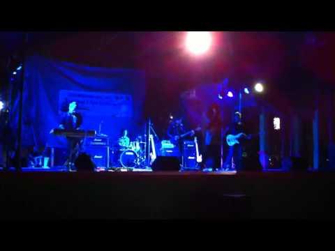 (Pradita Alfian Refanie) with Alika Band...Set To Fire cover and Teenage Dream Cover