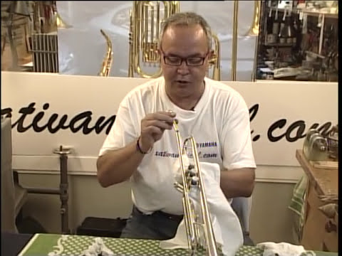 Limpieza de trompeta por XATIVAMUSICAL.COM