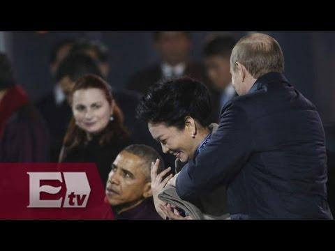 China censura imágenes donde Putin cubre los hombros de la primera dama, Peng Liyuan