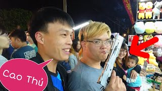 Chơi Game Nhận Gấu Bông ở Chợ Đêm Đài Loan (Taiwan Night Market)- Lạ Vlog