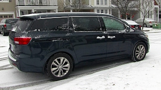 Kia Sedona Review - With The Help of My Family