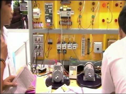 ชุดทดลองการควบคุมมอเตอร์ 3 เฟตด้วยPLC
