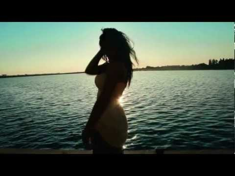 Ma mandresc cu tine ( Official Video 2012)