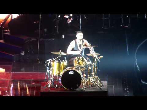 Usher Plays Drums  URX Tour DC