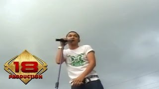 Ungu -  Full Konser  (Live Konser Banjarmasin 06 April 2007)